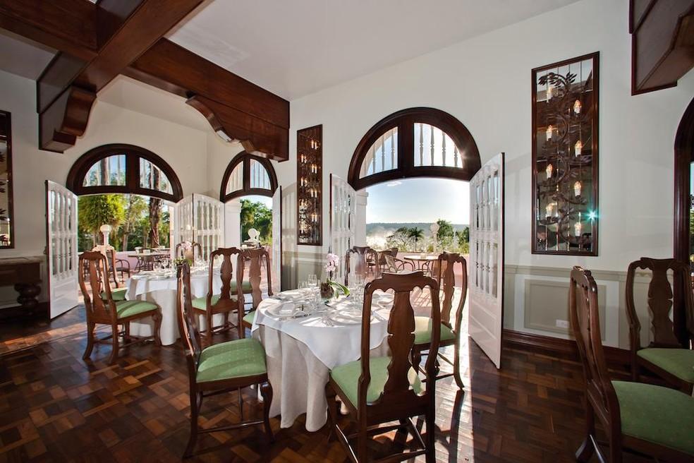 Desde agosto, um dos restaurantes do Hotel das Cataratas atende também outros visitantes do parque; moradores têm preços especiais (Foto: Divulgação)