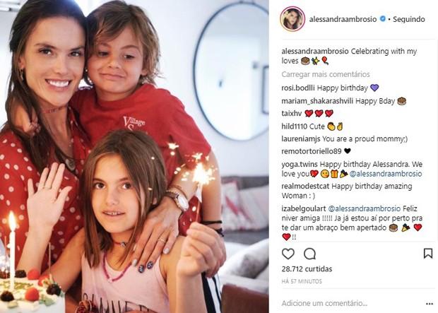 Alessandra Ambrosio comemora seus 37 anos com os filhos (Foto: Reprodução/Instagram)