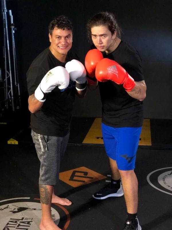 Contra depressão, Whindersson estreia no boxe, troca golpes com Popó e tem sonho de lutar MMA | esporte espetacular | ge