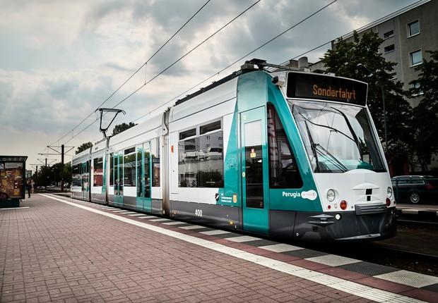 Primeiro bonde autônomo do mundo foi lançado na cidade de Potsdam, na Alemanha (Foto: Divulgação)