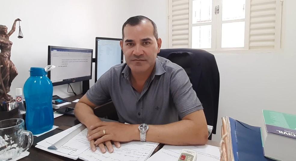 Dr Aurison Florentino, candidato pelo PSB em Guajará-Mirim — Foto: Reprodução/Rede Amazônica