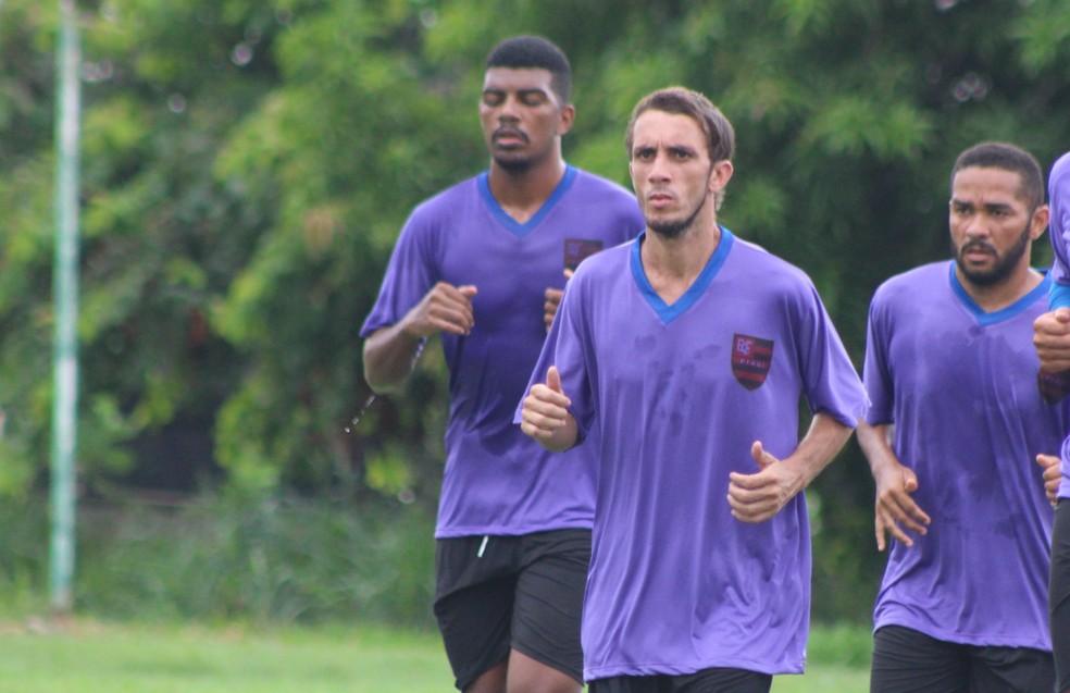 Bruno treino no Flamengo-PI (Foto: Stephanie Pacheco/GloboEsporte.com)