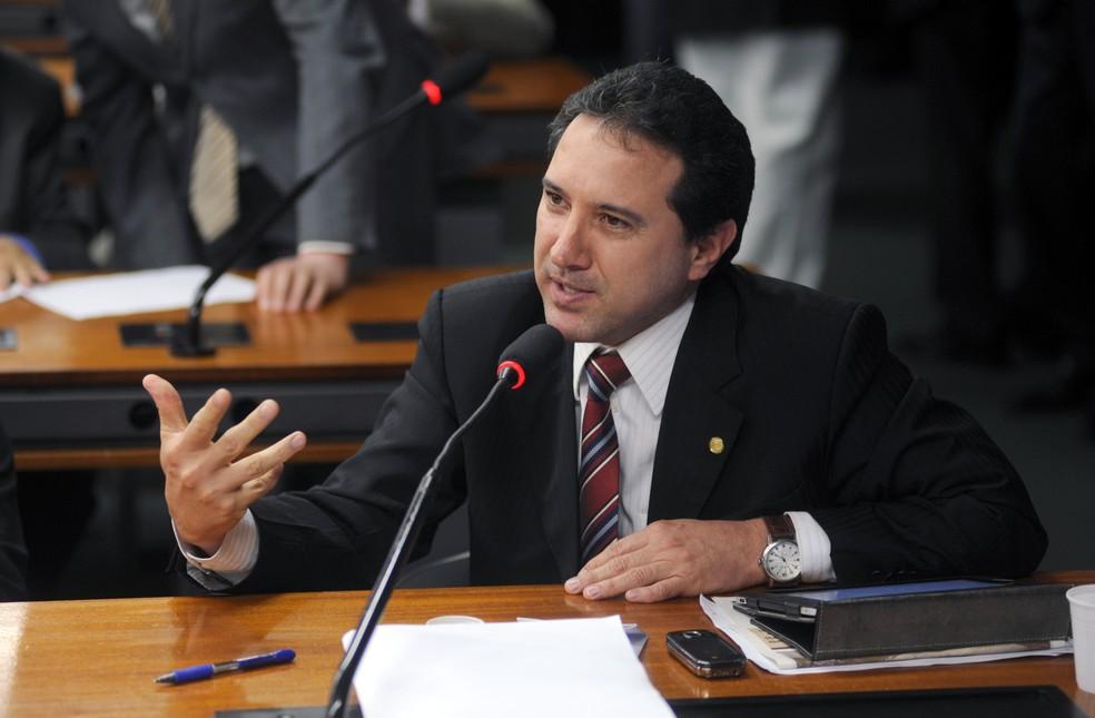 O então deputado federal Natan Donadon em discurso na Câmara dos Deputados, em 2013 — Foto: EBC