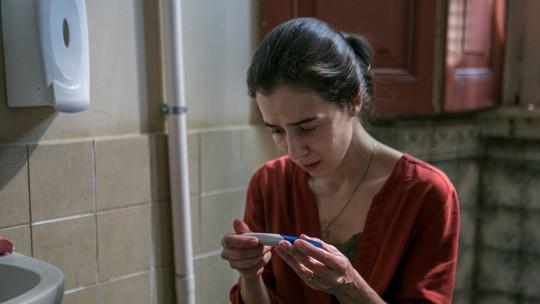 Marjorie Estiano defende preocupação de Carolina com gravidez: 'Muita coisa acontece nesse momento'