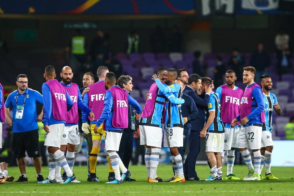 Jogadores do Grêmio comemoram classificação para a semifinal (Foto: Lucas Uebel/Divulgação Grêmio)
