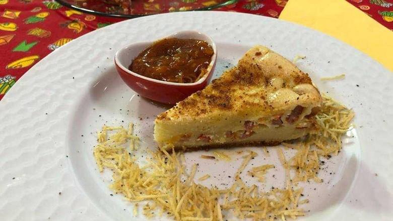 receita-torta-cachorro-quente-salsinha (Foto: Divulgação)