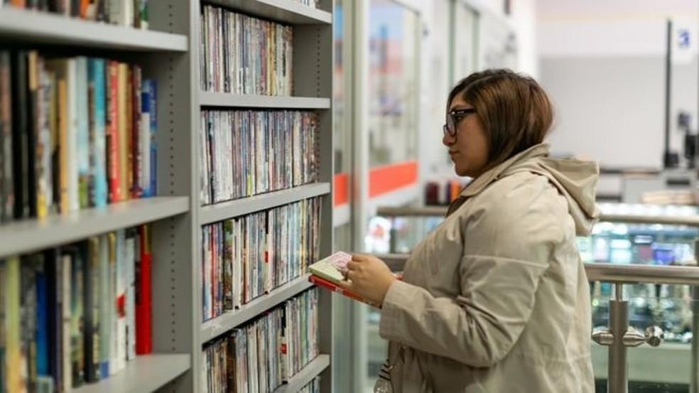 No auge, locadoras de vídeo somaram cerca de 4 mil lojas em São Paulo — Foto: Getty images via BBC