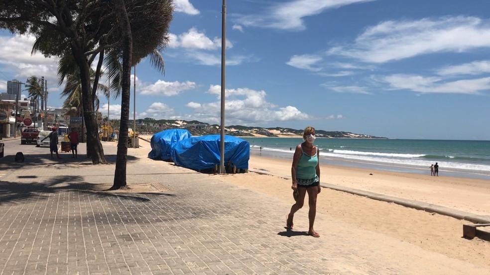 Decreto limita uso de praias para atividades físicas individuais — Foto: Douglas Lemos/Inter TV Cabugi