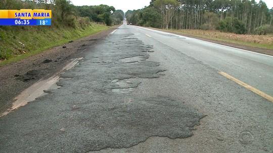Obra de recuperação transforma buracos em 'lombadas' na ERS-135, no Norte do Rio Grande do Sul