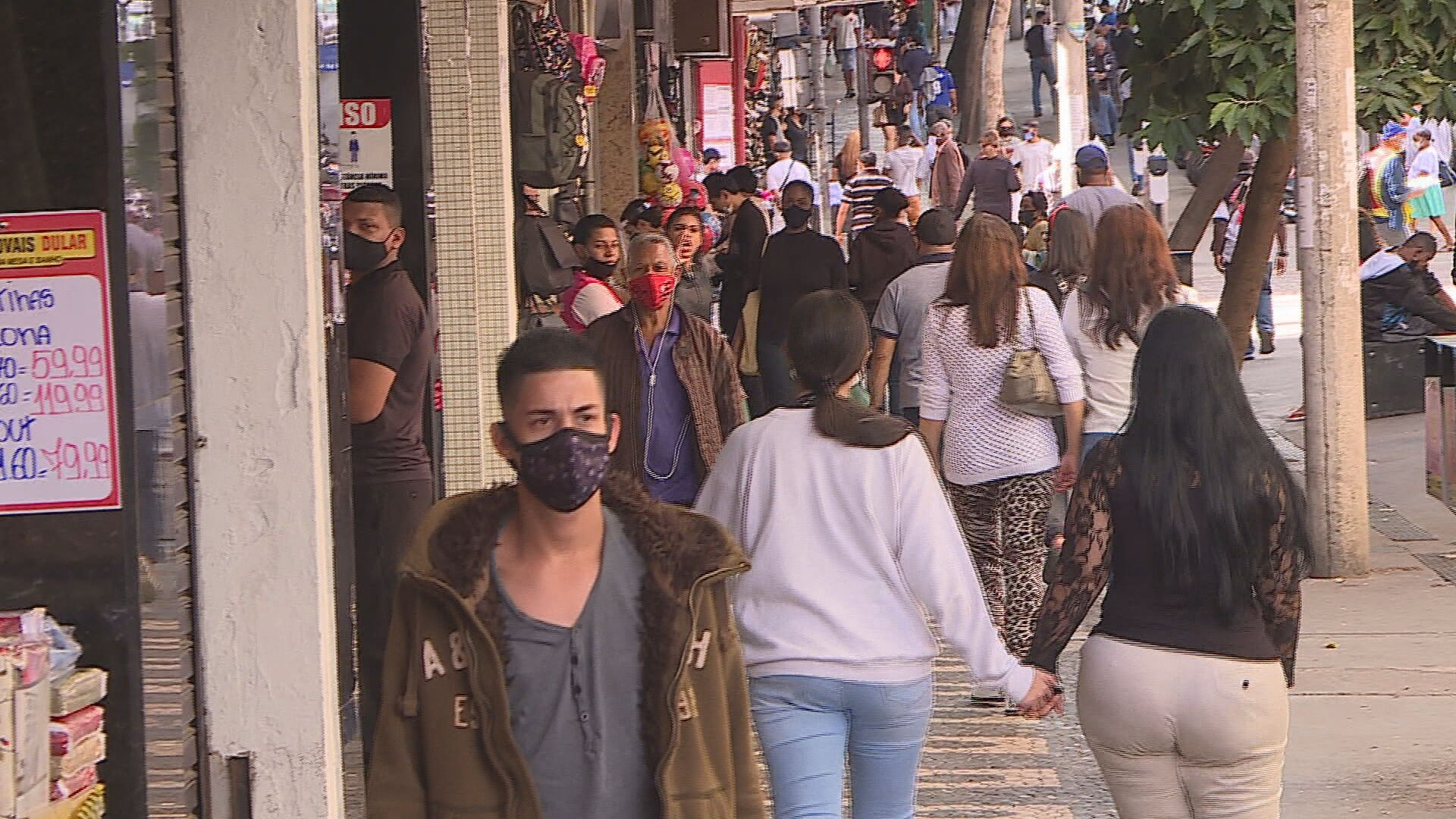 Prefeitura regulamenta horário de funcionamento do comércio aos domingos em BH