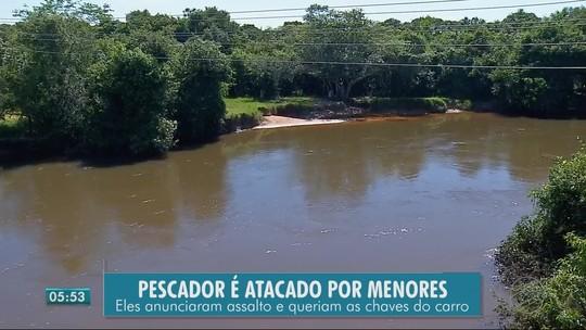 Motorista pula em rio para fugir de ladrões, é arrastado pela correnteza e é resgatado por pescadores em MT