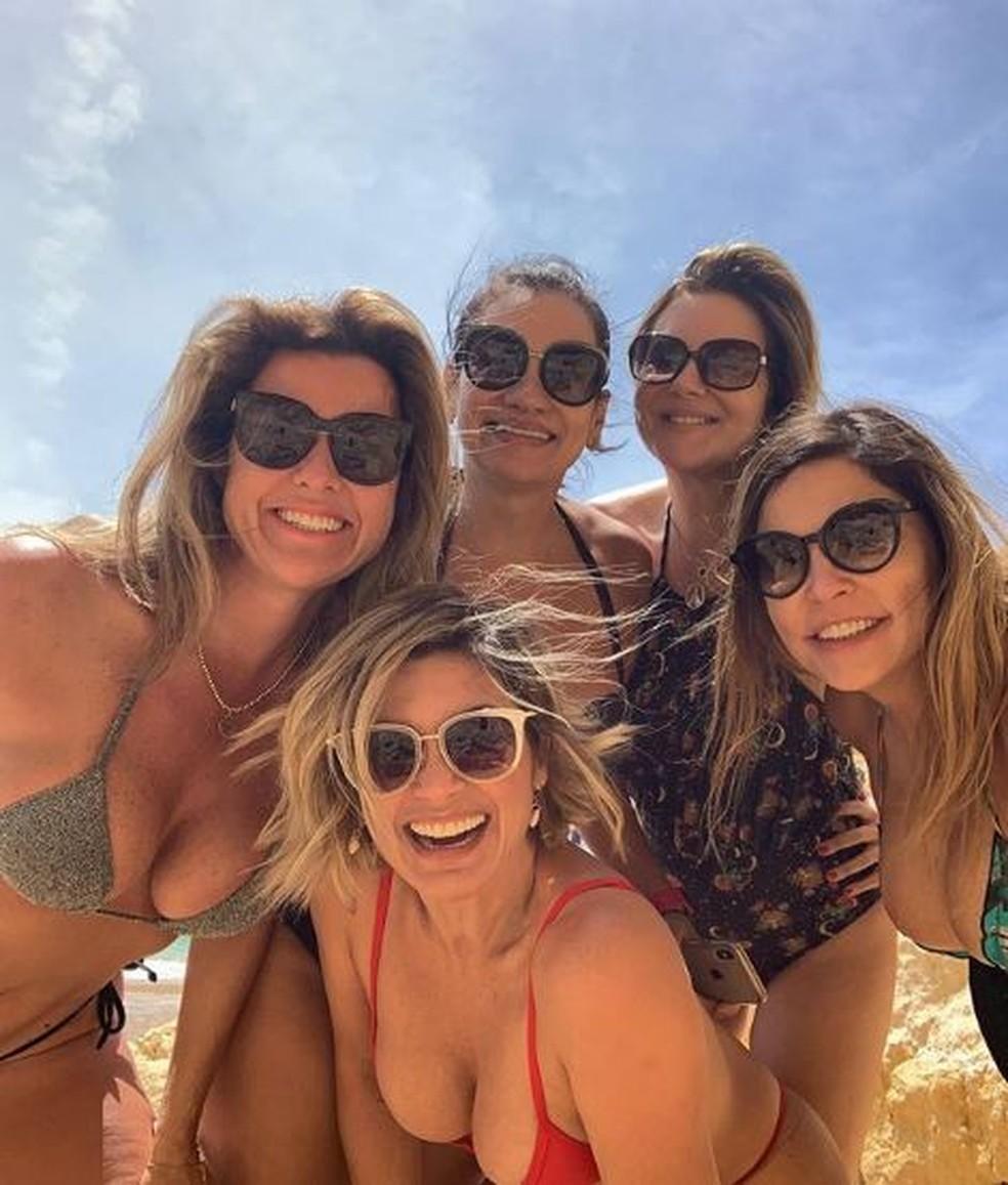 Flávia Alessandra está viajando para a Europa com quatro amigas — Foto: Reprodução/Instagram