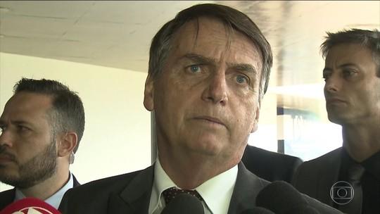 Bolsonaro anuncia general na Defesa e recua sobre Ministério do Trabalho