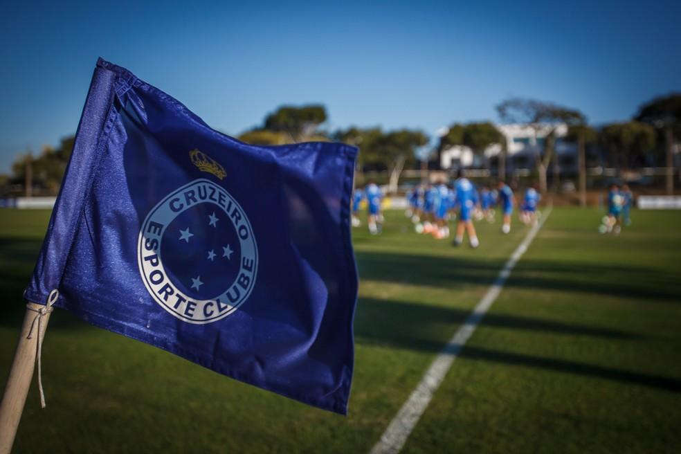 Cruzeiro; Bandeira — Foto: Vinnicius Silva