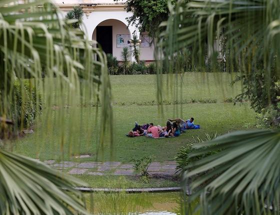 A Rural tem o maior campus universitário da América Latina. O clima bucólico é cultivado em corredores e espaços abertos, mas preservação e infraestrutura são pontos críticos (Foto: Domingos Peixoto/Agência O Globo)