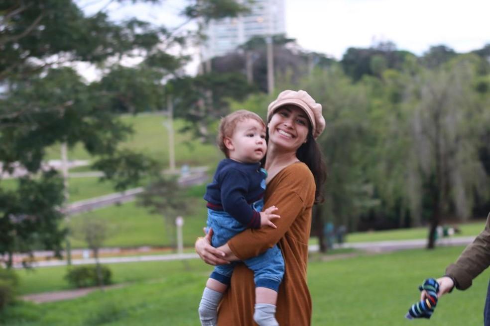 Priscilla Leite com o filho em visita a Mato Grosso do Sul — Foto: Divulgação