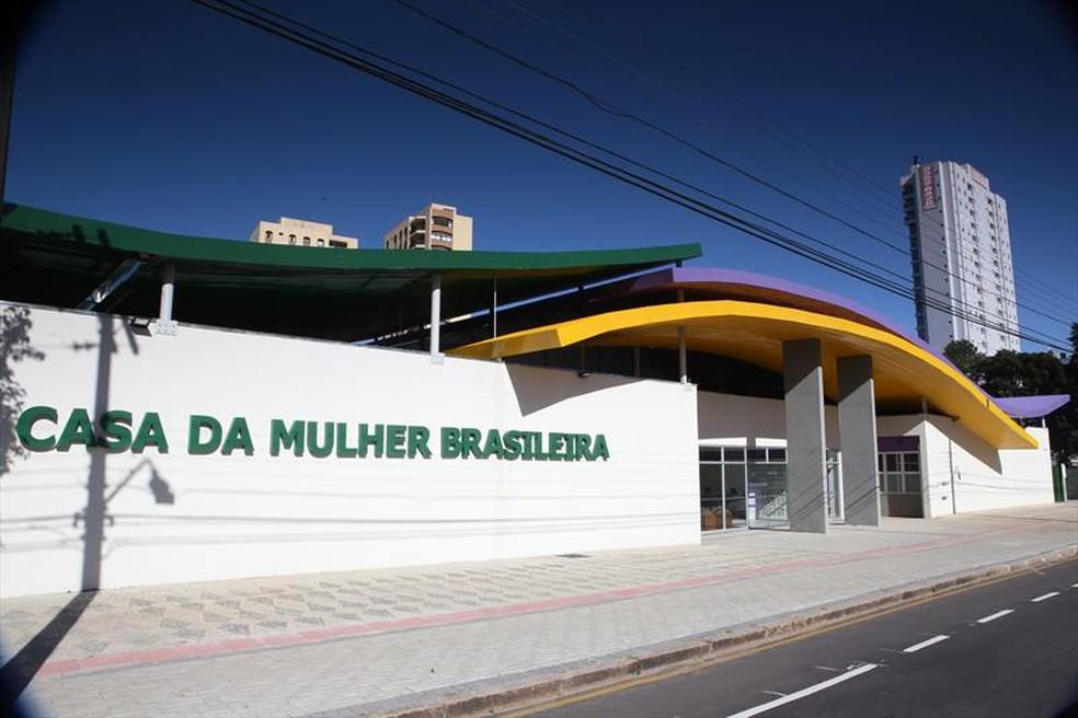 Casa da Mulher Brasileira, em Curitiba, reúne vários órgãos da rede de apoio às vítimas — Foto: Divulgação/SMCS