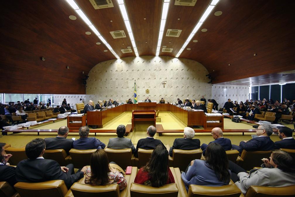 Plenário do STF concluiu nesta quinta (6) julgamento que analisou se o governo pode vender estatais sem autorização do parlamento — Foto: Rosinei Coutinho/SCO/STF
