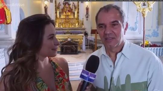 Humberto Martins se emociona ao visitar igreja que foi cenário de seu personagem em 'O Astro'