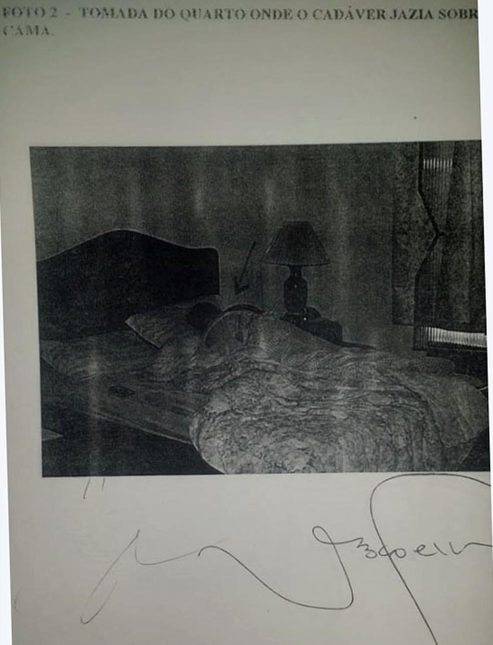 Perícia mostra fotos de vítima de homícidio ligado aos médicos Maria de Fátima e Dr. Bumbum (Foto: Reprodução)