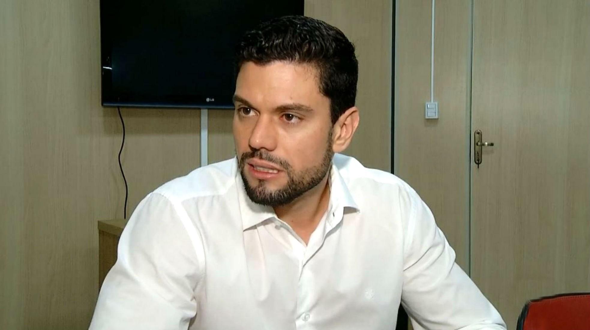 MP denuncia prefeito de Ourinhos por compra de usina móvel de asfalto que não funcionou