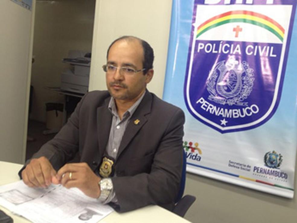 Delegado Ivaldo Pereira é o gestor do DHPP (Foto: Fernando Rêgo Barros/TV Globo)