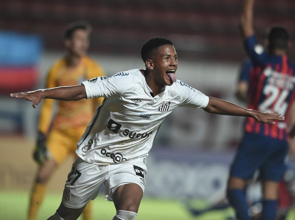 Ângelo marcou contra o San Lorenzo — Foto: Divulgação / Conmebol