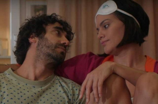 Gabriel Godoy e Letícia Lima em 'Desjuntados' (Foto: Divulgação)