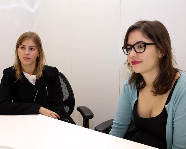 As advogadas Ana Paula Braga e Marina Ruzzi criaram um escritório voltado ao atendimento das mulheres (Foto: Marcos Santos)