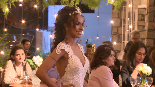 Casamento surpresa, Canoa Havaiana, brechó online e mais no 'EMME', 02
