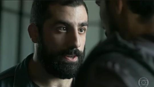 'Órfãos da Terra': internautas celebram atuação de Kaysar Dadour durante fuga de Laila