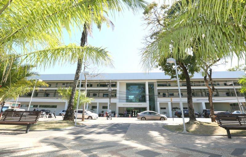 Em Rio Branco, prefeitura muda de banco e mais de 400 servidores precisam desbloquear contas