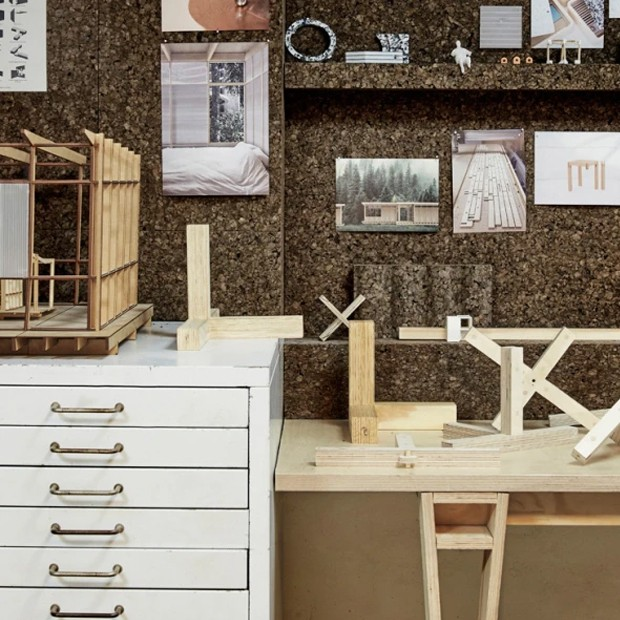 Os espaços são customizáveis para atender às demandas dos criativos que ali trabalham (Foto: Space 10/ Reprodução)