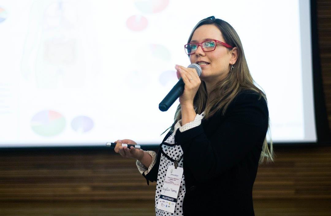 Cientista da UFMG, vencedora de  prêmio internacional apoiado pela Unesco, pensa em sair do país por ameaça de cortes do CNPq - Notícias - Plantão Diário