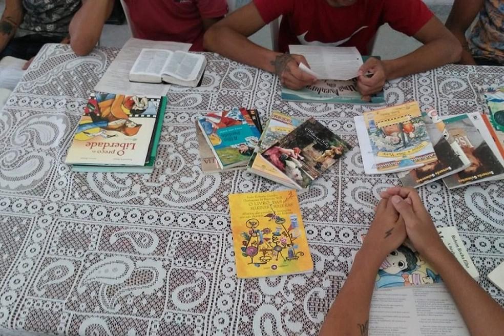 População pode contribuir com doações de livros para Funase — Foto: Arquivo/Funase