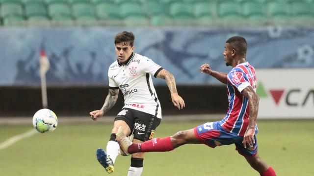 Fagner faz lançamento na partida entre Bahia x Corinthians