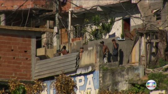 Após terror no domingo, operação na Rocinha deixa 1 morto e 2 presos