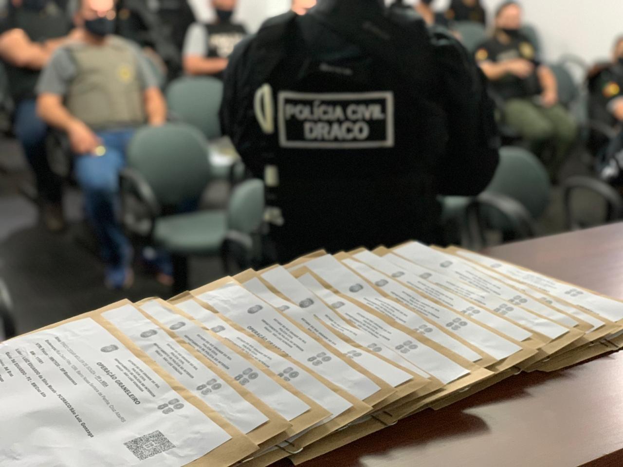 Operação cumpre mandados contra grupo suspeito de furtar e desviar cargas de grãos no RS