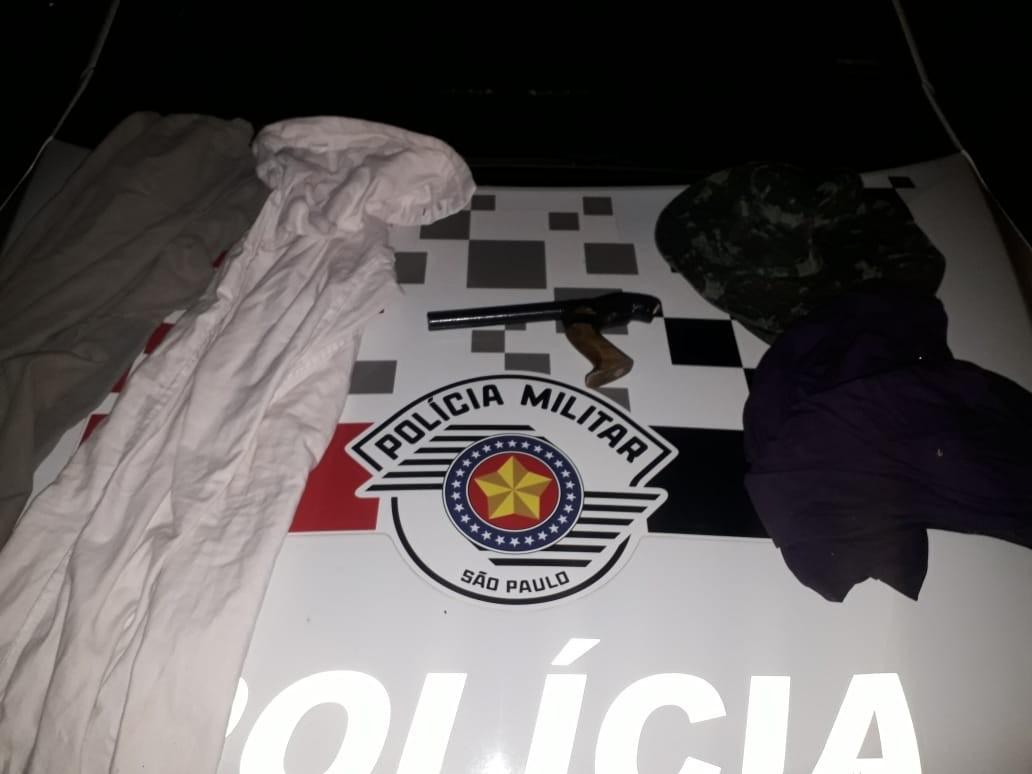 Irmãos são presos em flagrante após tentarem assaltar supermercado em Osvaldo Cruz