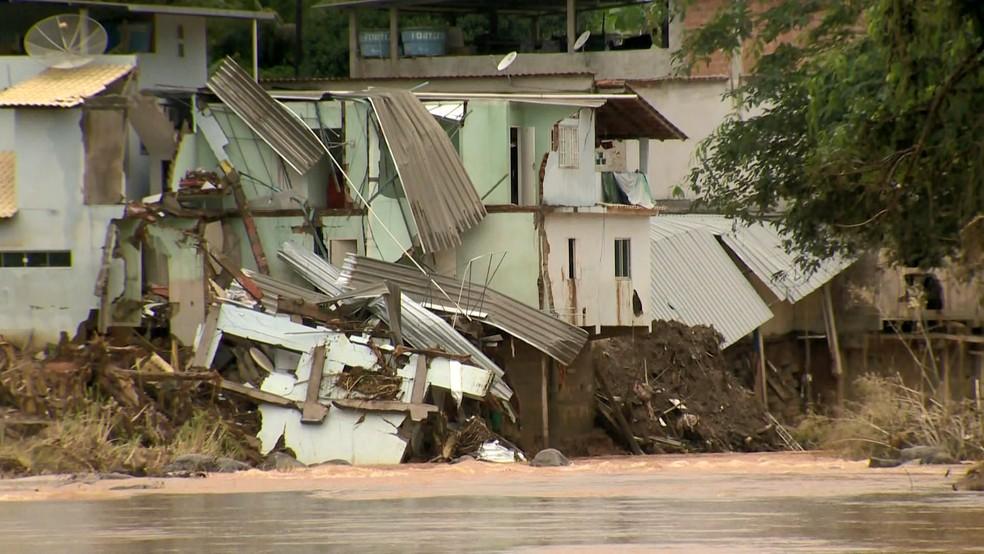 Iconha foi uma das cidades mais destruídas pela chuva no ES — Foto: Reprodução/TV Gazeta