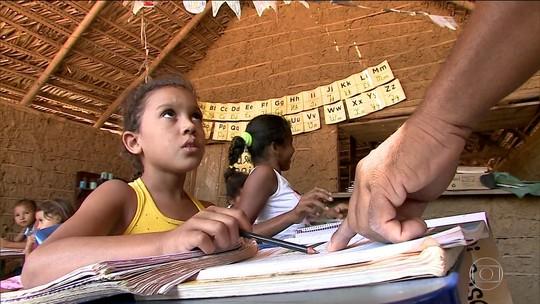 Municípios usam verba exclusiva para educação em outras áreas