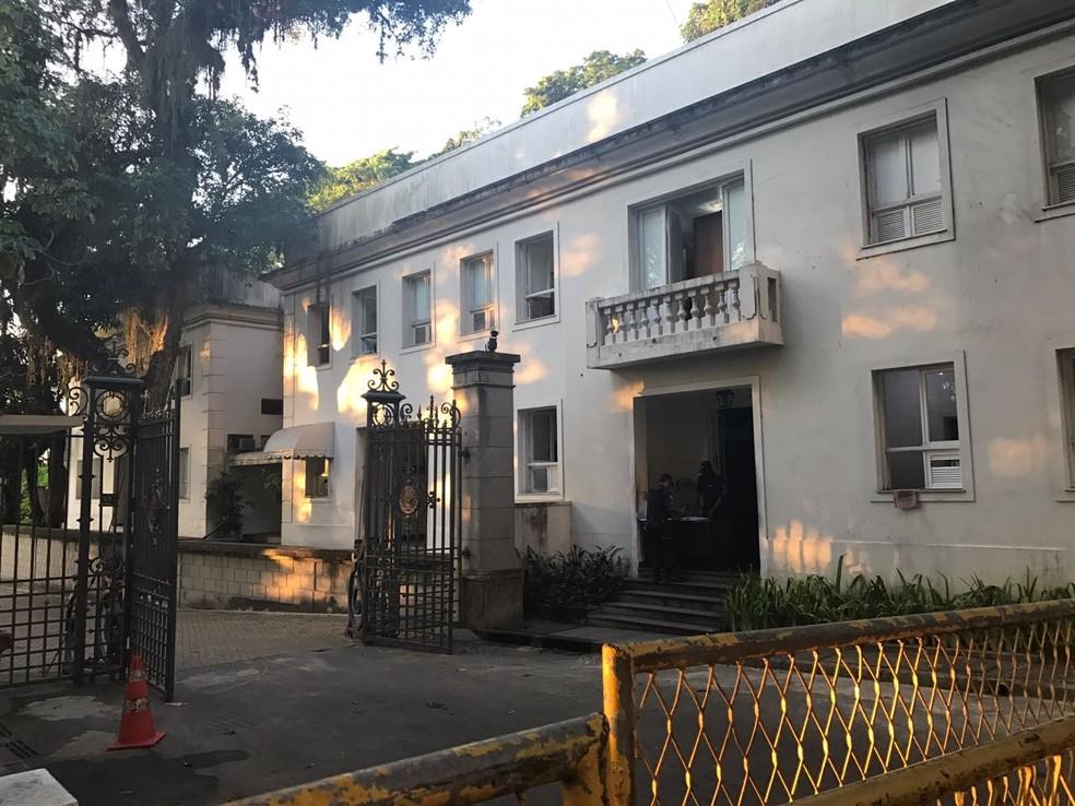Governador Luiz Fernando Pezão foi preso na manhã desta quinta-feira no Palácio Laranjeiras — Foto: Cristina Boeckel / G1