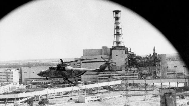 Quando os cientistas e engenheiros viram a cena situação a partir de um helicóptero, eles entenderam que era muito grave (Foto: GETTY IMAGES)