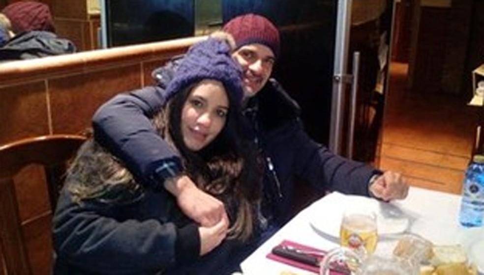 Marcos Nogueira, Janaína Américo e os dois filhos do casal foram encontrados mortos na Espanha em 2016 (Foto: Reprodução/Facebook/Janaina Diniz Diniz/Arquivo)