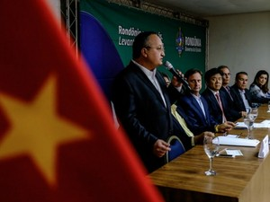 Governador de Mato Grosso, Pedro Taques, assinou protocolo de intenções nesta segunda-feira (8) em Rondônia. (Foto: Secom-MT)