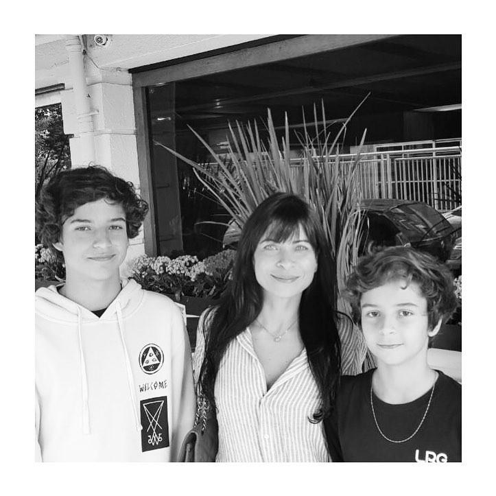 Anna Lima e filhos (Foto: Reprodução / Instagram)