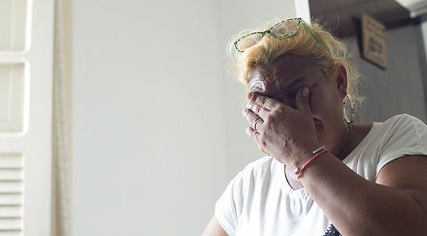 Monica Brailko, participante do café. seu filho foi assassinado há seis meses, e o caso segue impune (Foto: Reinaldo Canato /  Lucas Landau / Produção-executiva Vandeca Zimmermann )