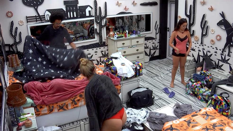 BBB21: Viih Tube se irrita com Juliette: 'Não vem com drama que eu não estou com paciência' — Foto: Globo