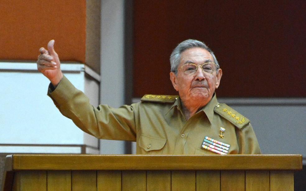 -  O presidente Cubano Raúl Castro discursa na Assembleia Nacional, em Havana, em imagem de arquivo  Foto: Jorge Beltran/AFP