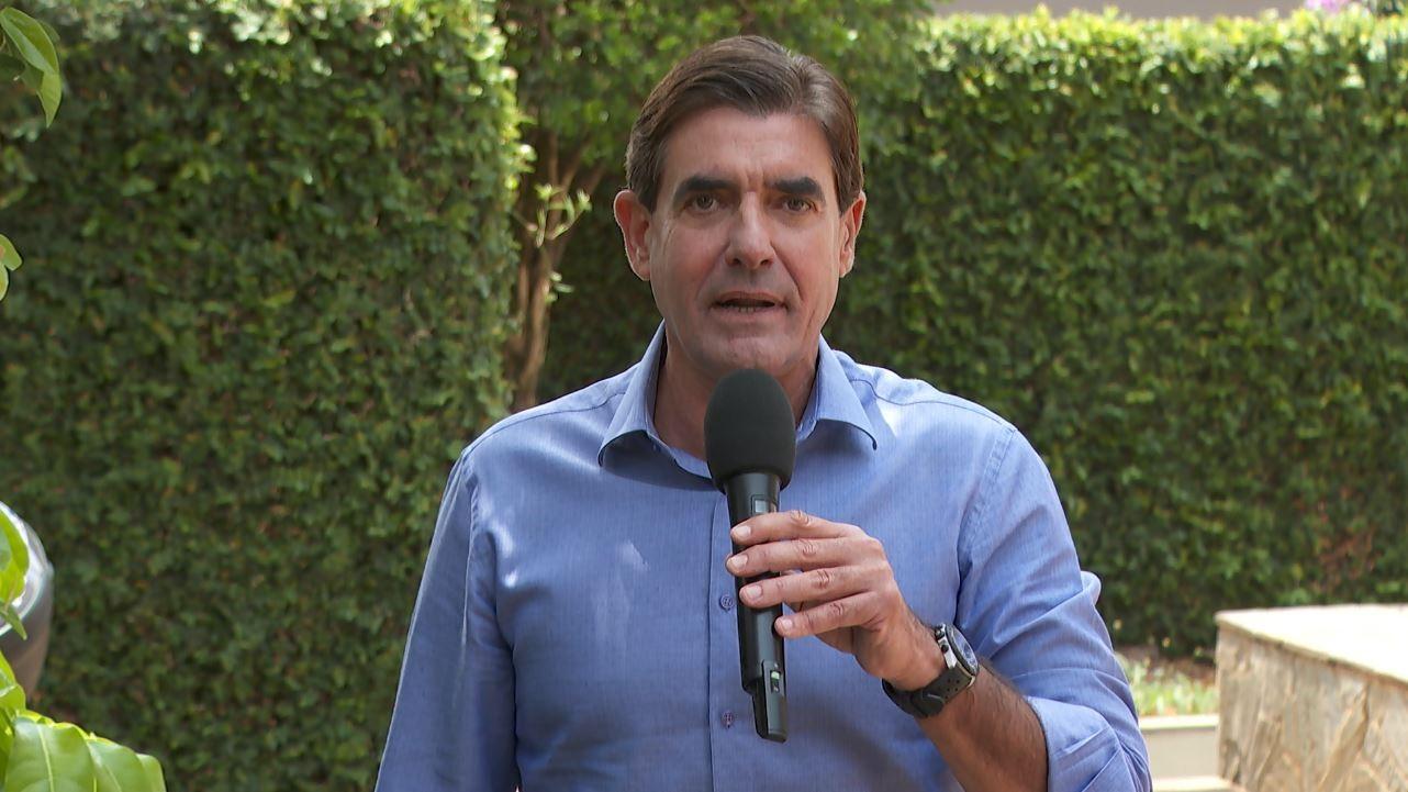 Candidatos à Prefeitura de Ribeirão Preto, SP, encontram eleitores em empresas e nas ruas nesta segunda-feira (9)